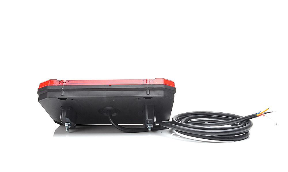 feux tanches luxe kit droit et gauche c ble de 8 m tres accessoires remorques. Black Bedroom Furniture Sets. Home Design Ideas
